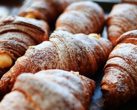 Hellys-Croissant